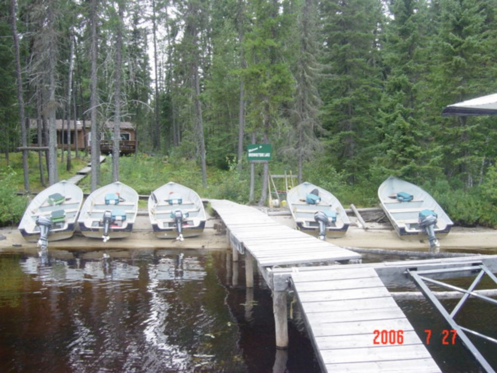 Brownstone lake outpost pictures for Fish camping boat