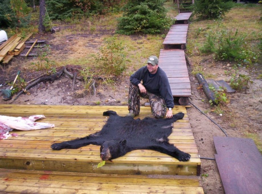 Fly in remote bear hunts Red Lake Ontario.