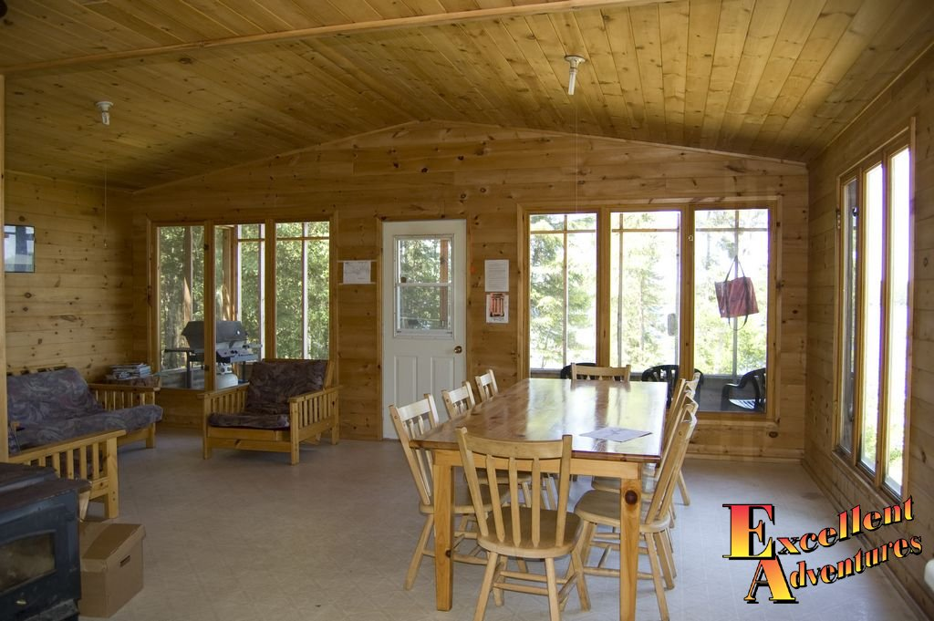 Papaonga Lake Outpost Cabin Pictures
