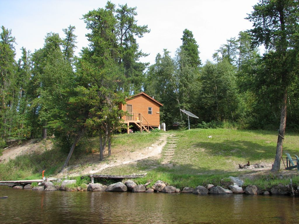 Canadian fly in fishing vacation packages 1 866 894 9948 for Cottage packages manitoba