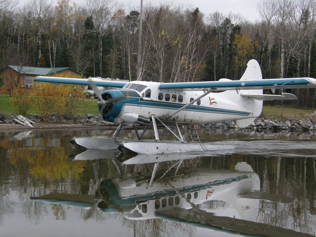 Charter float plane red lake ear falls ontario canada for Fly in fishing canada