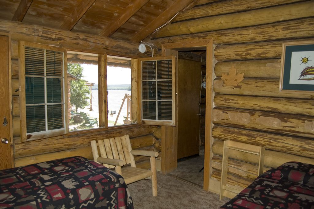 Cat island lodge cabin one for Fishing cabin rentals near me
